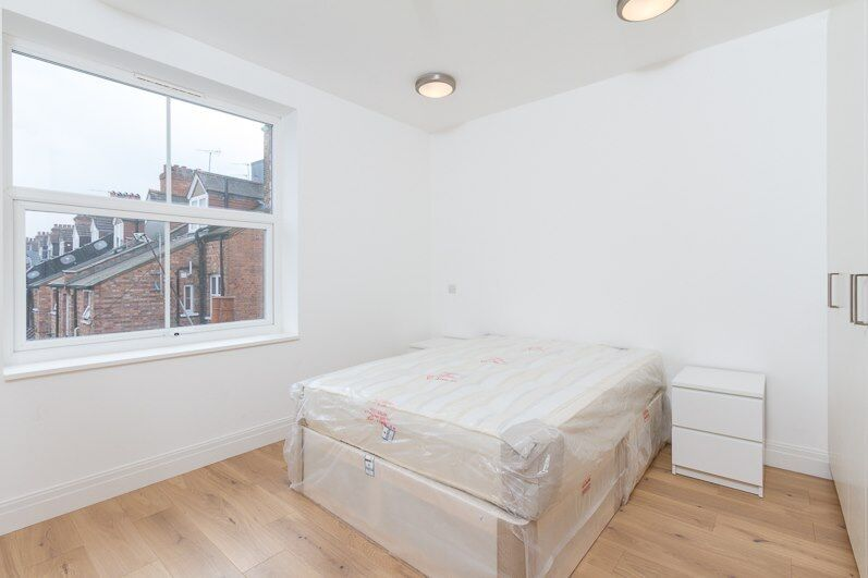 Brand New Double Room TO RENT in EALING BROADWAY Available Now furnished Including Bills