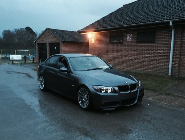 bmw e90 330i m sport needs attention please read in. Black Bedroom Furniture Sets. Home Design Ideas