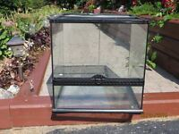 Glass Reptile Cage in VERY GOOD CONDITION