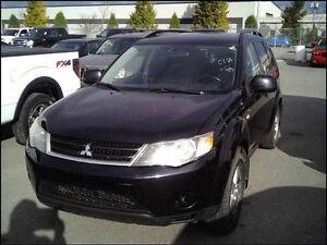 7 PASSENGER- FREE ACCIDENTS 2008 Mitsubishi Outlander LS