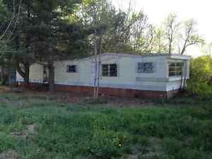 60' MOBILE HOME TO GIVE AWAY - A DONNER