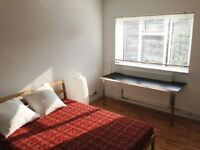 SPACIOUS BRIGHT ROOM IN VAUXHALL PROFESSIONAL GAY FLAT SHARE