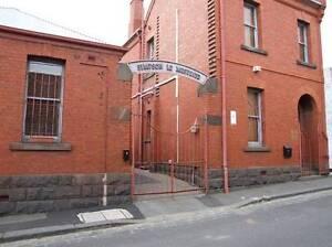 4 Bedroom 2 Bathroom Furnished Home Nth Melbourne North Melbourne Melbourne City Preview