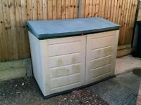 Plastic lockable garden storage shed
