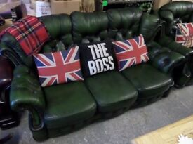 Chesterfield Winchester 3 Seater Sofa in Green Leather - UK Delivery