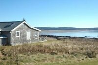 Oceanfront cottage near Alma & Fundy National Park -