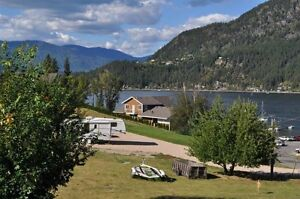 Looking for a Get away? Blind Bay has it all !!