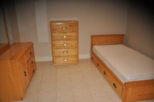 6 pcs. solid pine bedroom set