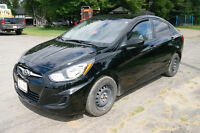2012 Hyundai Accent SE LOADED Sedan