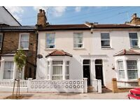 5 bedroom flat in Yeldham Road, Hammersmith, W68