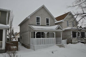GORGEOUS 3 BEDROOM HOUSE FOR RENT