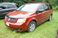 2008 Dodge Grand Caravan SE LOADED AUTO STOW AND GO Minivan, Van