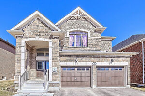 Stunning 4 Bed 4 Bath Detached For Sale in Heart of Innisfil