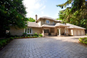 **PRESTIGIOUS HOME WITH OVERSIZED GARAGES FOR BOYS WITH TOYS!!
