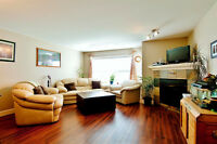 Family Perfect Townhouse In Parklike Setting