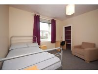 Double room in student flat close to city centre/QMU available from 1st September
