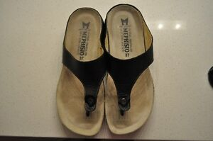 Women's Mephistos Summer Leather Sandals - Like New