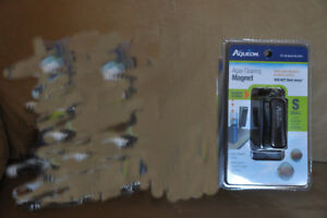 Unopened Aqueon algae cleaning magnet for aquariums