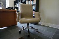 VENTE - meubles et items de très bonne qualité