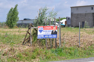 **EQUESTRIAN ZONED LOT FOR SALE**