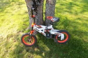 Kids Jeep Bike with Training wheels! Great Condition!