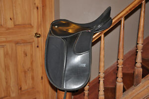 Synthetic Thorowgood Supreme Dressage Saddle
