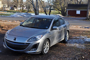 2010 Mazda 3 GT - Fully Loaded