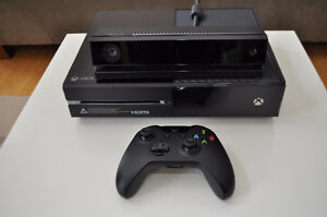 Barely used Xbox One 500gb w/Kinect