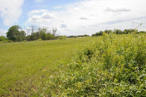 GORGEOUS ACREAGE ONLY 4 MINUTES FROM SASKATOON