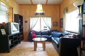 Lovely Hunting/Fishing Cabin with 3.29 acres Williams Lake Cariboo Area image 2