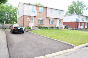 Maison a louer/House for rent! Brossard