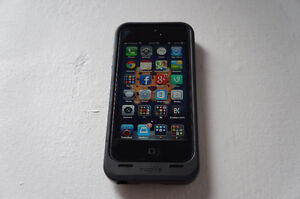 VERY GOOD condition IPHONE 5 32G + Mophie Juice Pack Air