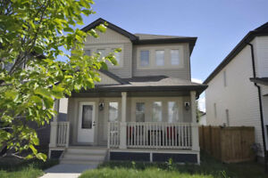 Newer 2 Storey Home in Southwest Langdale of Windermere
