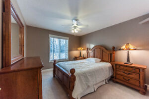 Share house, Main Floor Bedroom w/Private WashRM