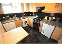 *Great 4 bedroom flat fitted kitchen tiled bathroom wood flooring GCH additional WC near UCL 1 Sept*