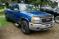 2004 GMC Sierra 1500 Z71  EXT CAB 4X4 Pickup Truck like new