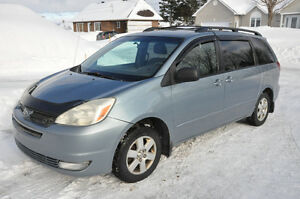 2005 Toyota Sienna LE Fourgonnette