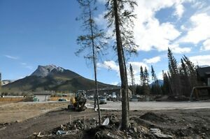 Sunny building lot in Deadman's Flats near Canmore