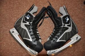 Ferland 200 Skates – Size 7 - $25 – as new