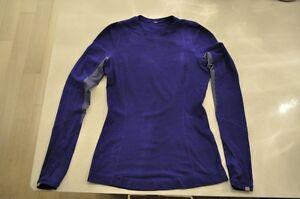 Lululemon Size 6 or 8 women's shirt