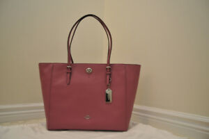 Coach Turnlock Tote (Brand New, cross grain leather)