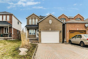 Well Maintained 3 Bedroom Link Home FOR SALE In Barrie