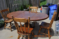 Solid wood kitchen table with 5 chairs
