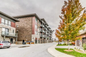 Lake view condo in  sought after Grimsby Beach for Rent
