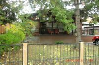 2 cottages available for September long weekend