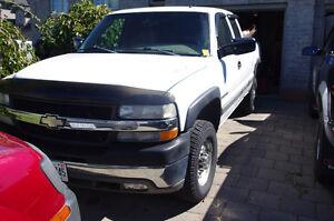 2001 Chevrolet Silverado 2500 HD Ext Cab 8.1 Litre!!!!