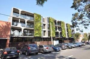 Private room w/ balcony - unlimited wifi included West Melbourne Melbourne City Preview