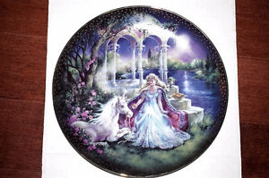 """Collector Plate """"Moonlight Wonder"""", The Kingdom of Enchantment"""