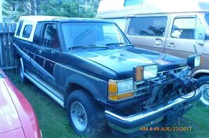 Package deal 1990 Ford Ranger XLT and plow