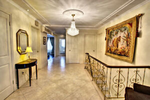 BREATHTAKING HIGH-END HOME 4 THE PROFESSIONAL